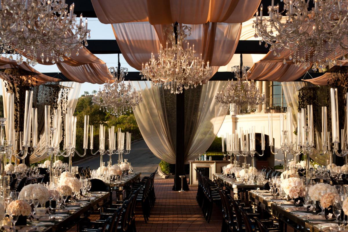 Оформление свадьбы: идеи украшений для интерьера и сада
