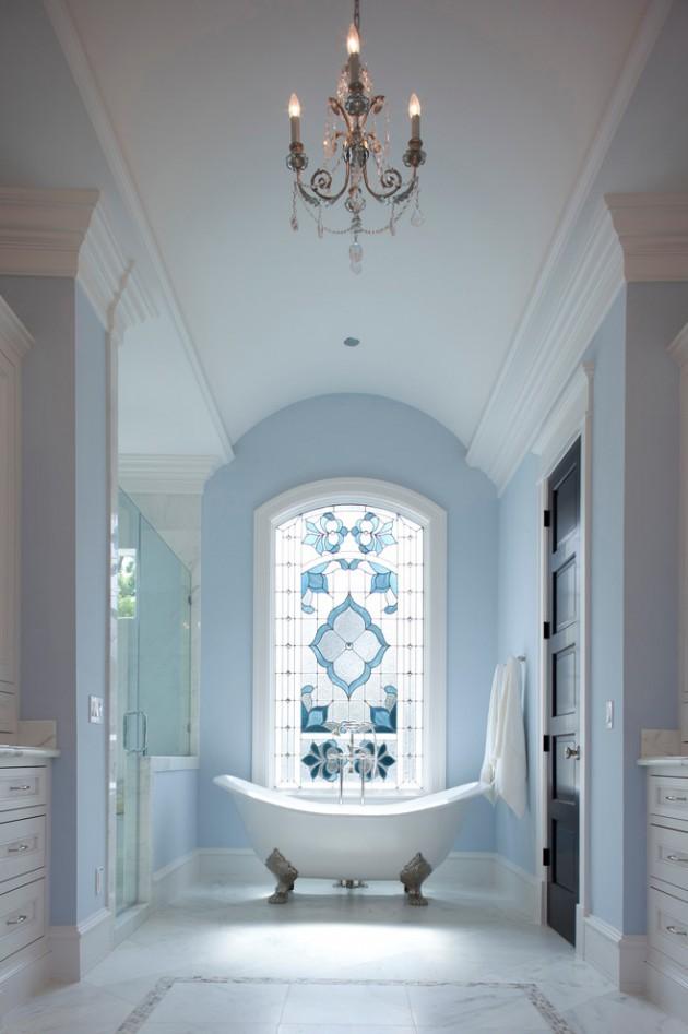 Ванная в  цветах:   Бирюзовый, Коричневый, Светло-серый, Синий, Темно-коричневый.  Ванная в  стиле:   Неоклассика.