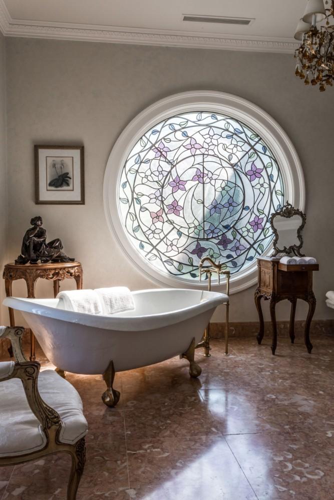 Ванная в  .  Ванная в  стиле:   Неоклассика.