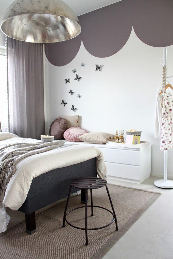 Спальня в  цветах:   Бордовый, Коричневый, Светло-серый, Серый, Фиолетовый.  Спальня в  стиле:   Скандинавский.
