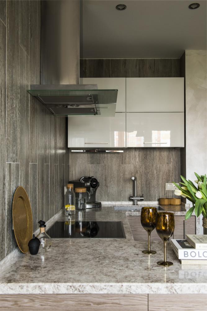 Кухня/столовая в  цветах:   Бежевый, Зеленый, Светло-серый, Темно-коричневый.  Кухня/столовая в  стиле:   Минимализм.