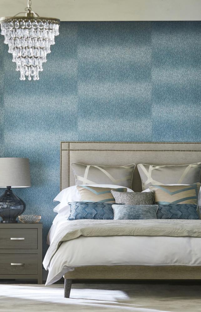 Спальня в  цветах:   Бежевый, Голубой, Светло-серый, Синий, Темно-зеленый.  Спальня в  стиле:   Неоклассика.