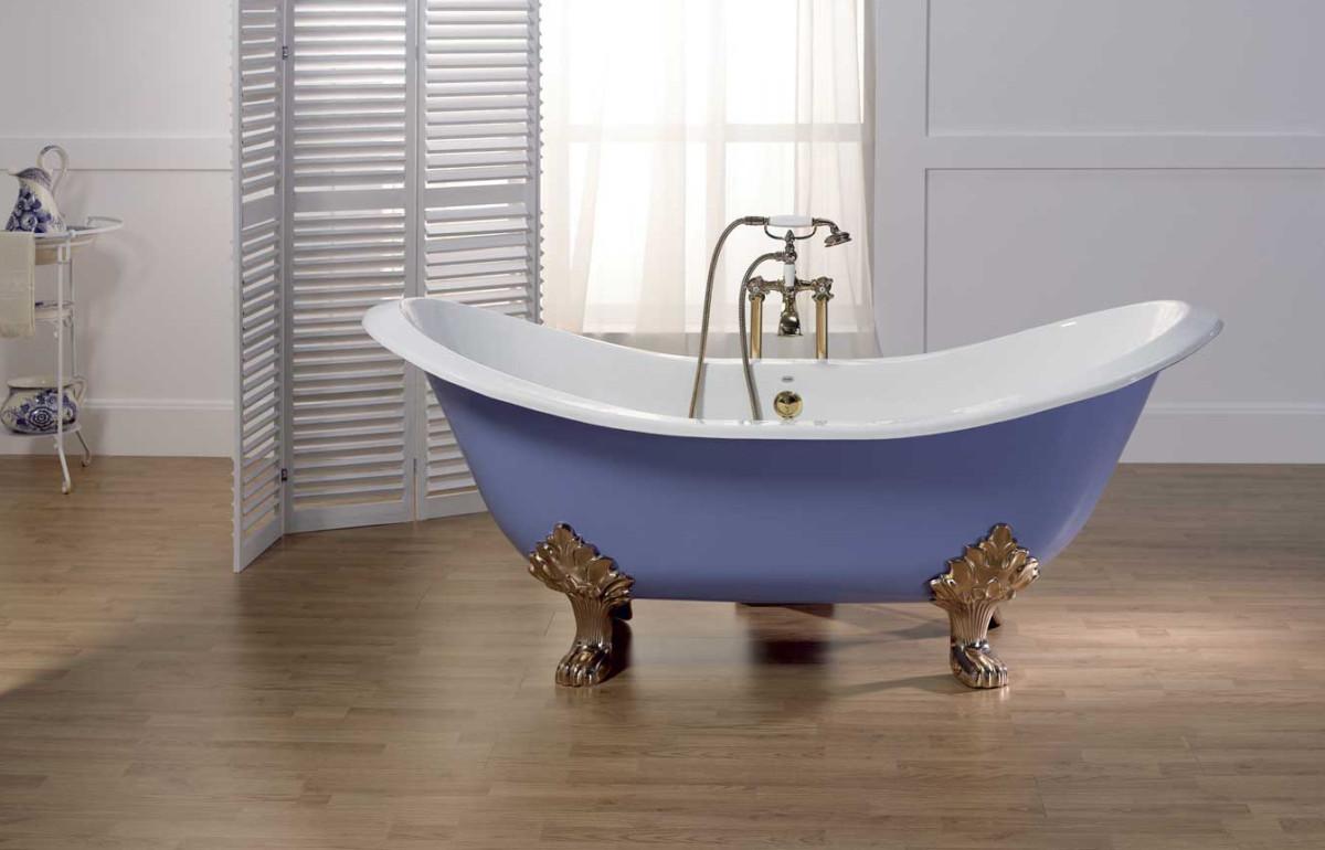 Какую ванну выбрать: чугунную или стальную