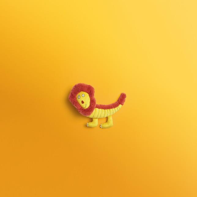 в  цветах:   Бежевый, Бордовый, Желтый, Коричневый, Оранжевый.  в  .
