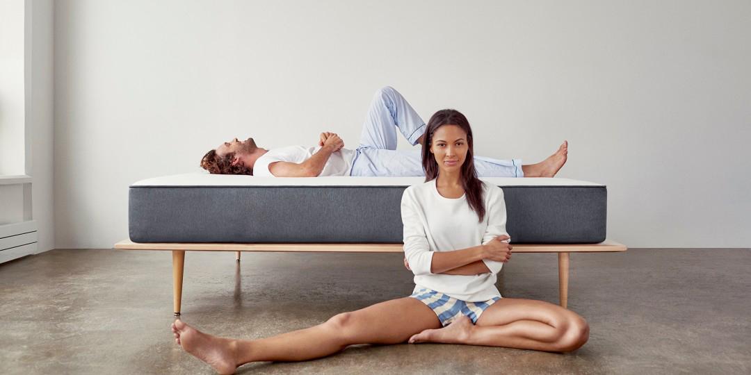Как правильно спать, чтобы сохранить спину здоровой