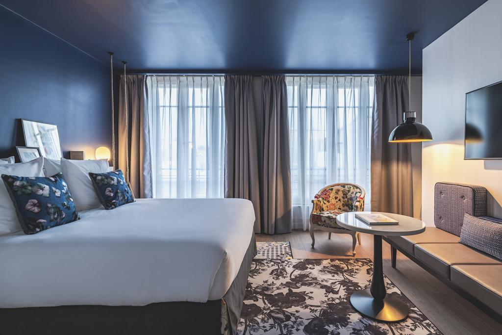 Отель Hotel le Belleval в Париже — буржуазный шик и французские балкончики