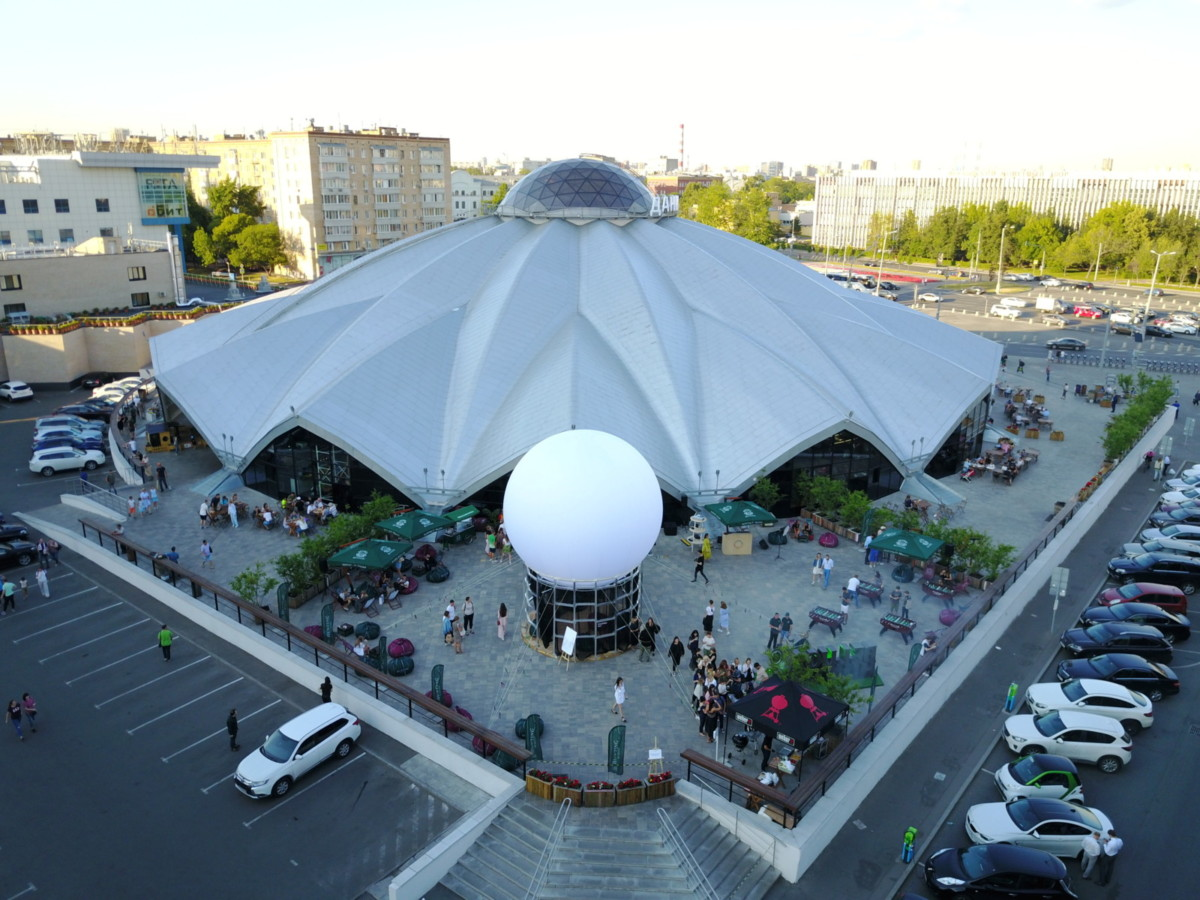 На Даниловском рынке открылся летний павильон