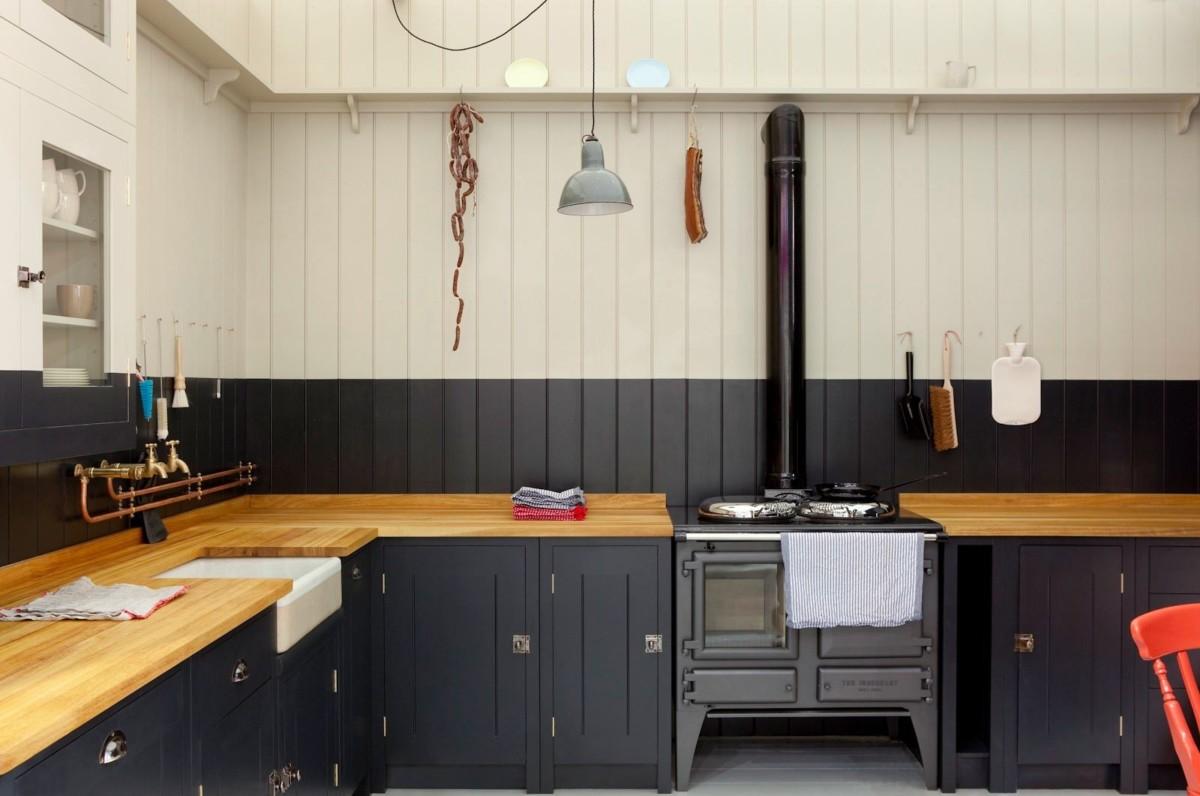 Кухонная столешница из натурального дерева: преимущества и недостатки