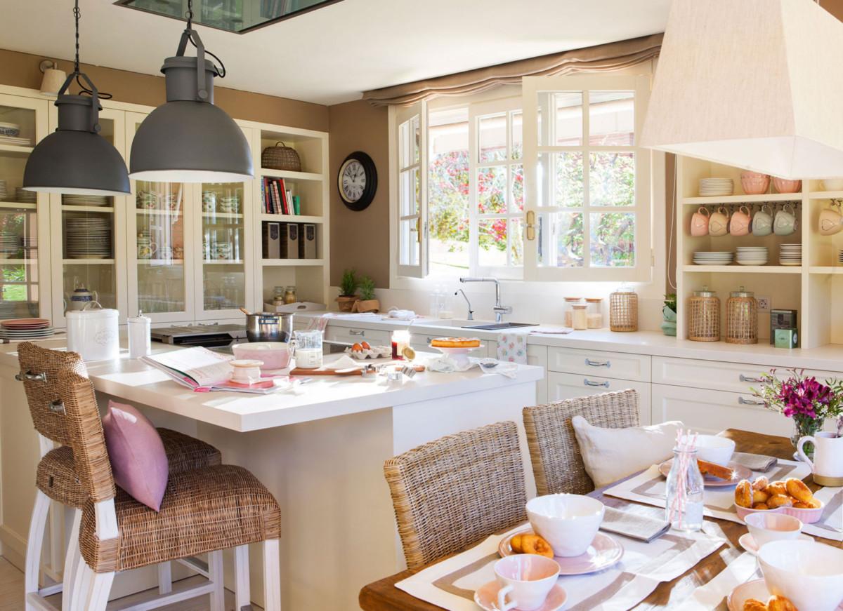 Стиль кухни в интерьере: 5 вариантов для маленькой комнаты