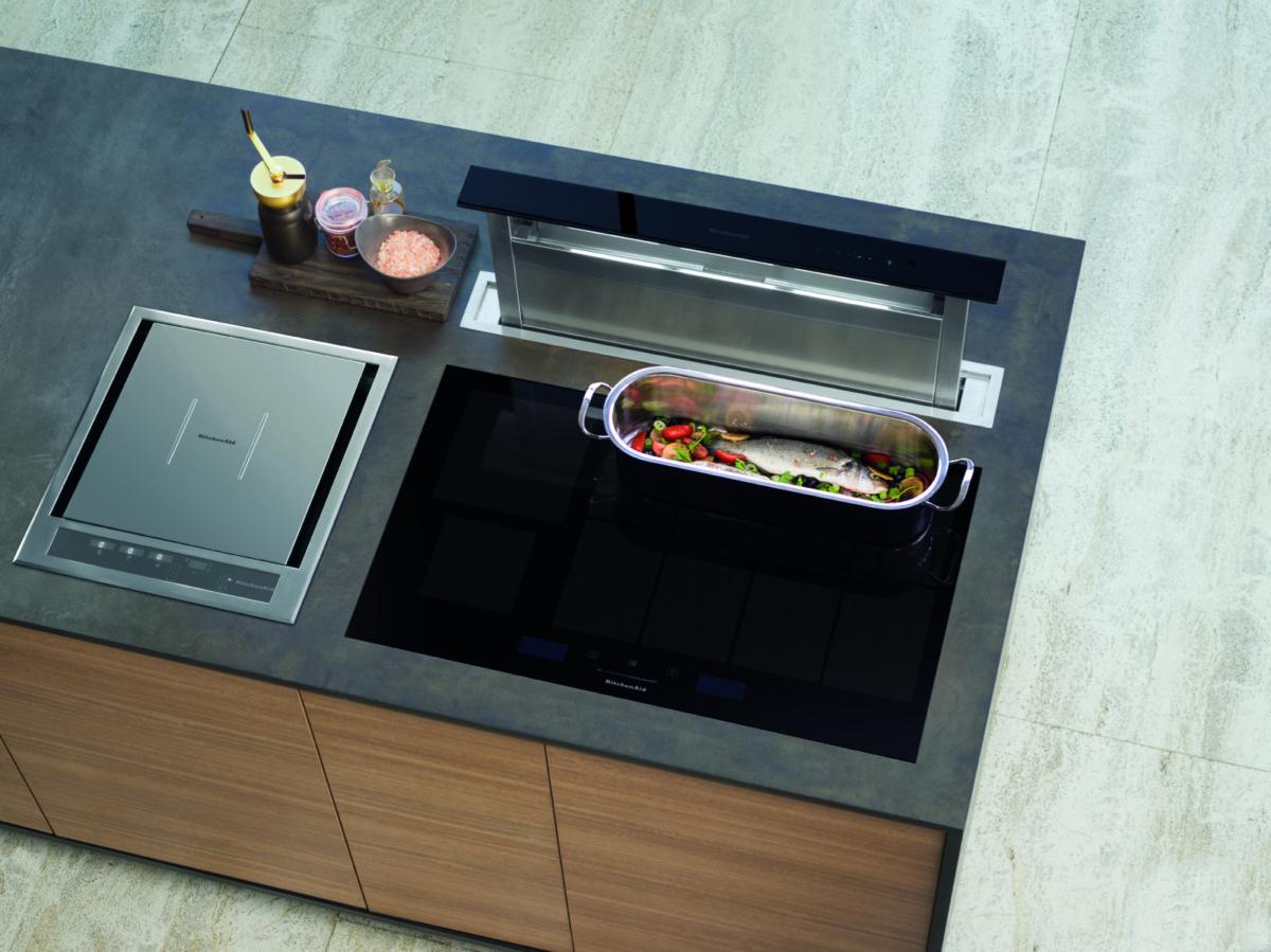Компания KitchenAid презентовала индукционную варочную панель Gourmet Kitchen