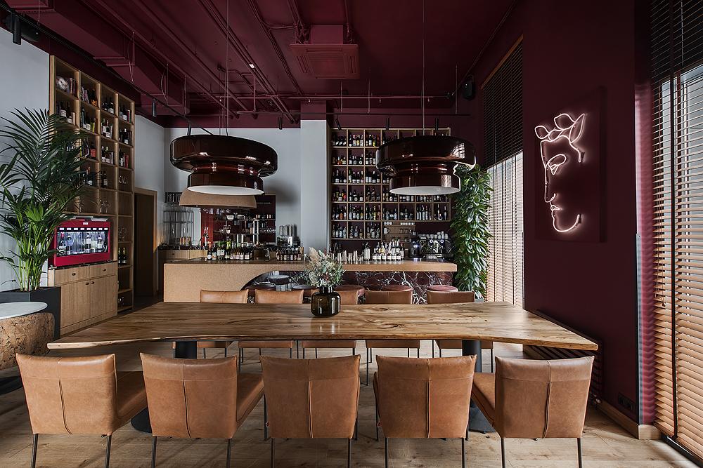 Архитектурное бюро Archpoint спроектировало винный бутик Septa в Москве